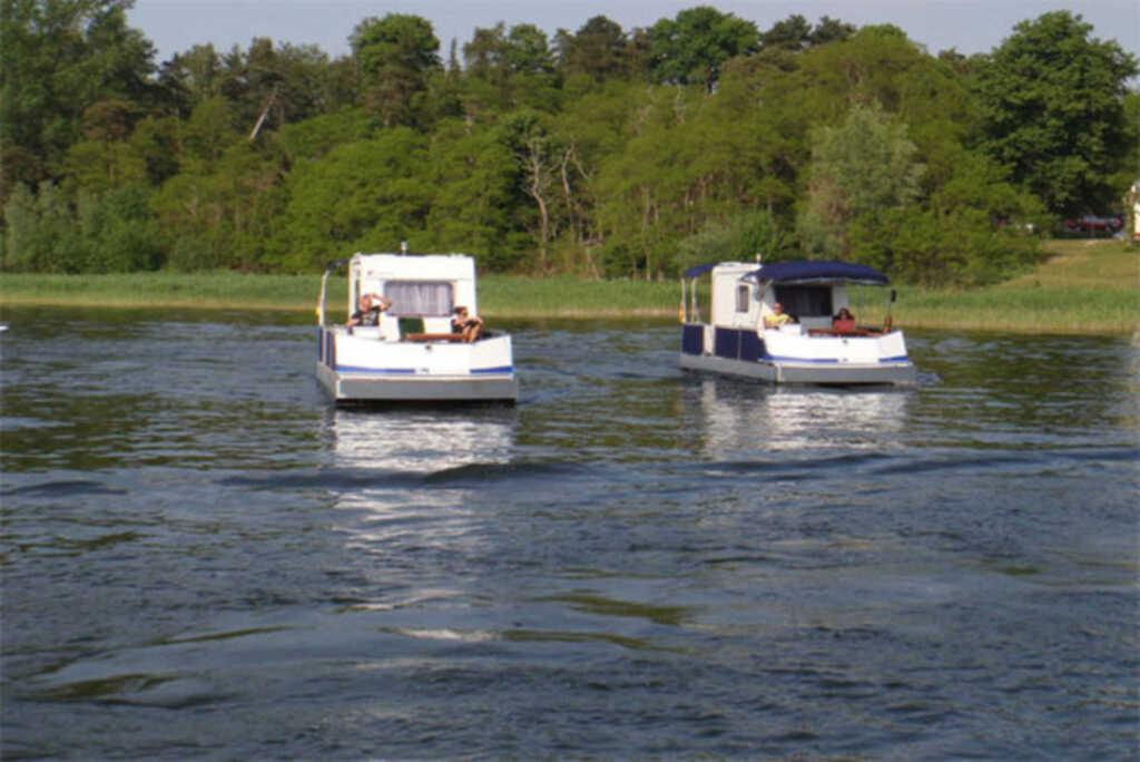 Hausboot 'Wassercamper' SCHW 931-2, SCHW 932 Typ 2