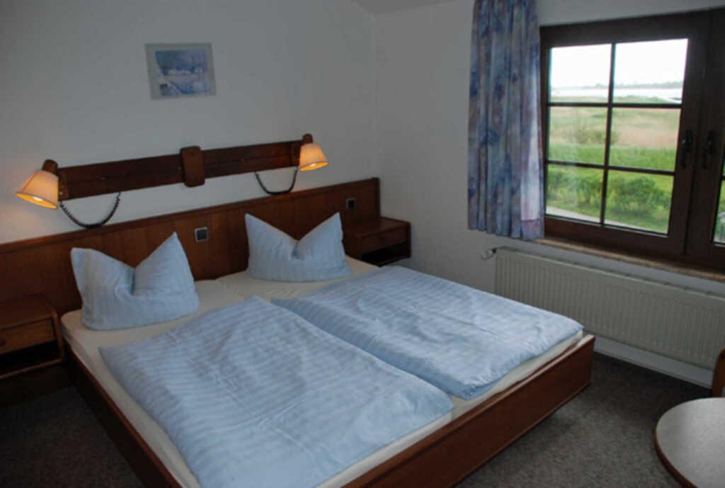 Pension mit Seeblick und Schwimmbad, 22 Doppelzimm