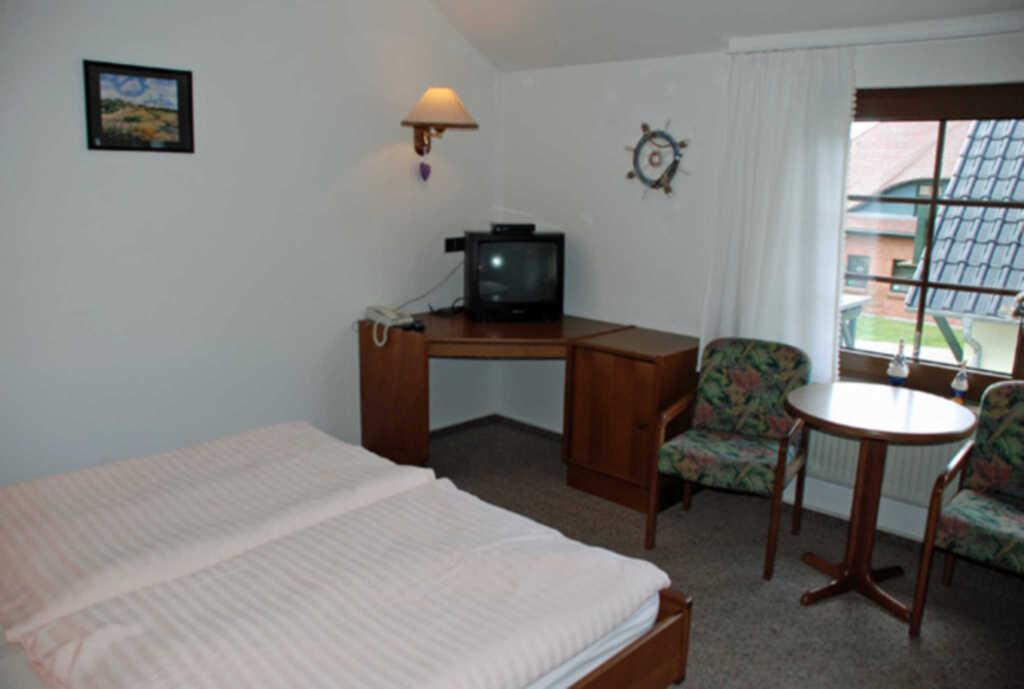 Pension mit Seeblick und Schwimmbad, 16 Doppelzimm