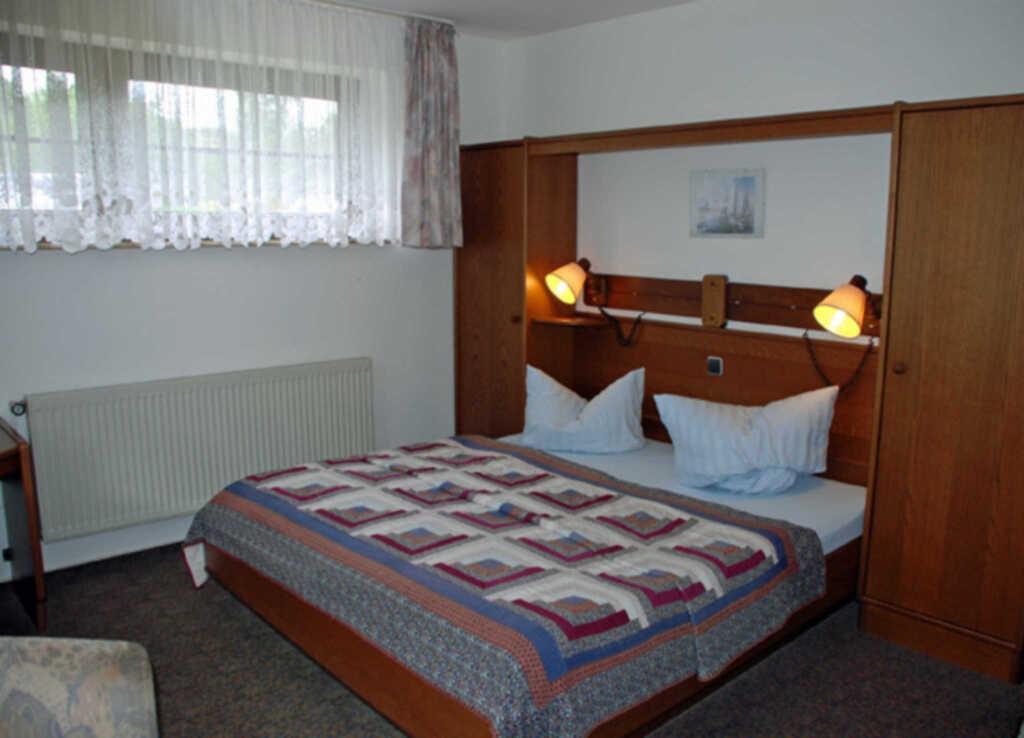 Pension mit Seeblick und Schwimmbad, 12 Doppelzimm