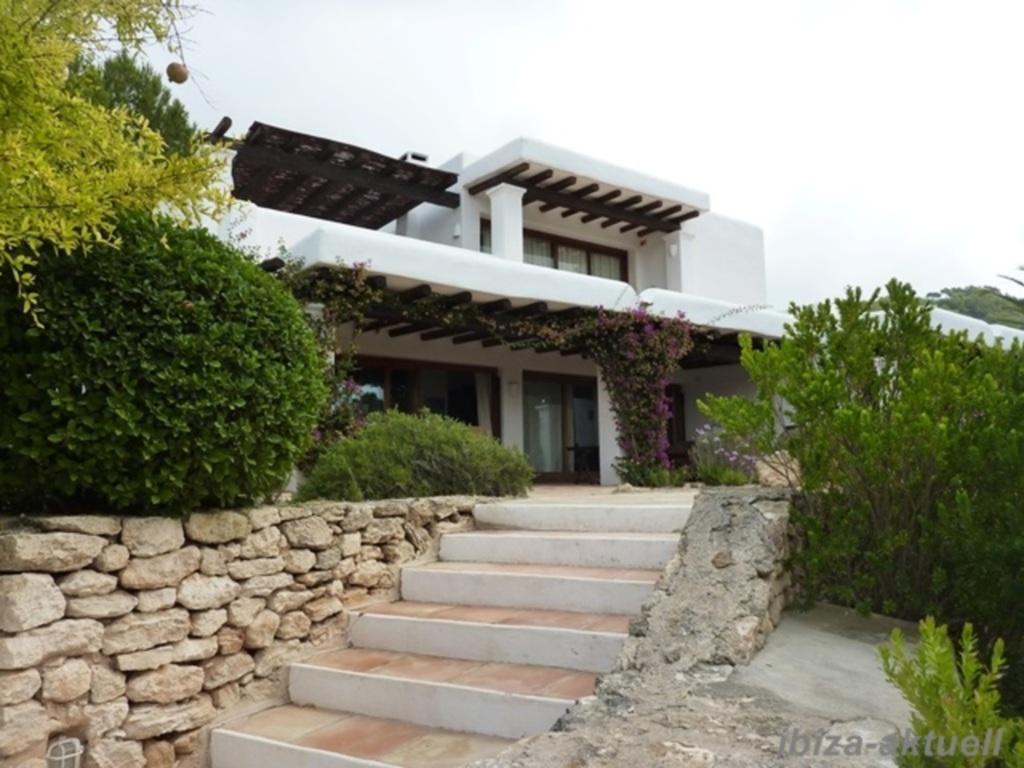 221 Stadtnahes Haus auf dem Land neu in Puig den Valls