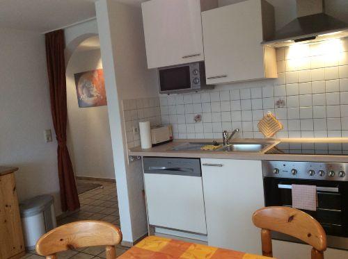 Wohnküche und Flurbereich