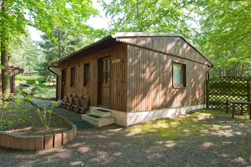 Blick auf ein kleins Ferienhaus