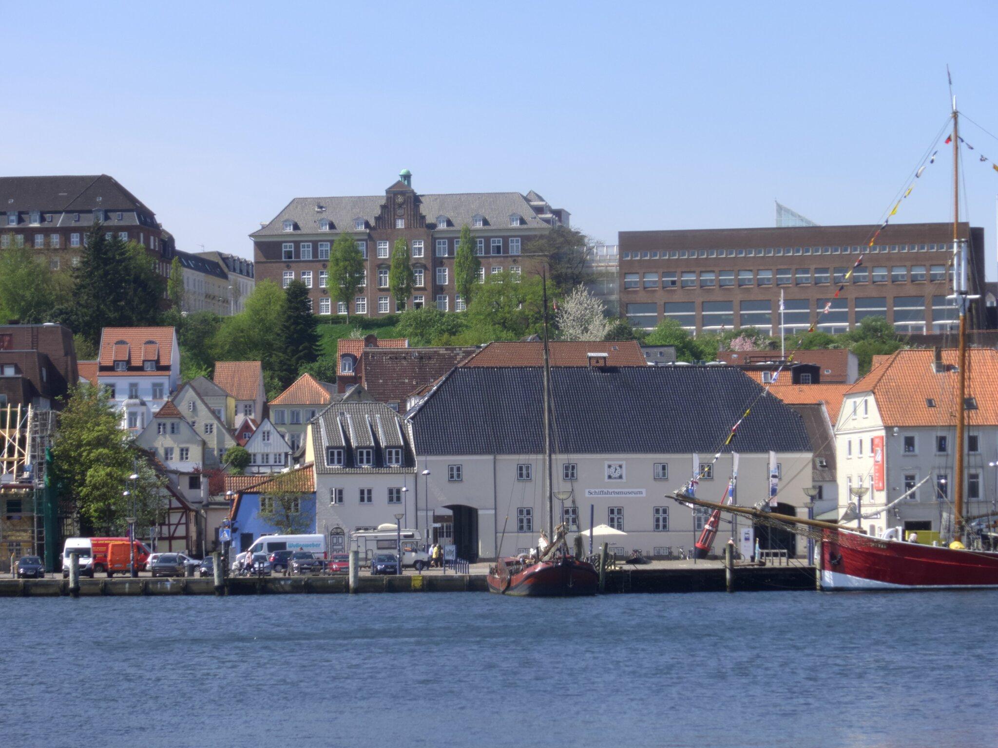 Wasserschloss Gl�cksburg