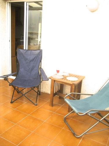 Kleine Terrasse mit Westsonne
