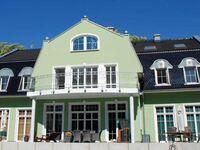 Gutshaus-Appartements mit Kamin, Sauna und Außenpool *****, Ferienhaus Regenbogen in Garz auf Rügen - kleines Detailbild