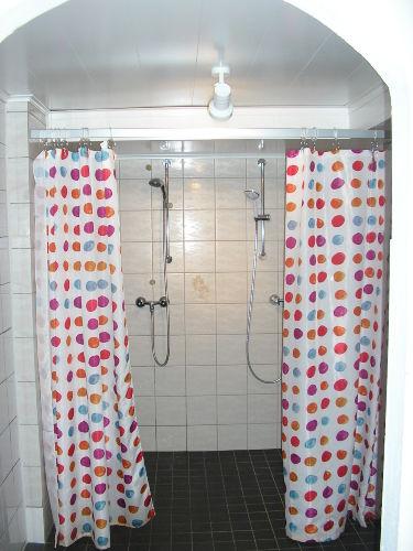Duschen bei der Sauna