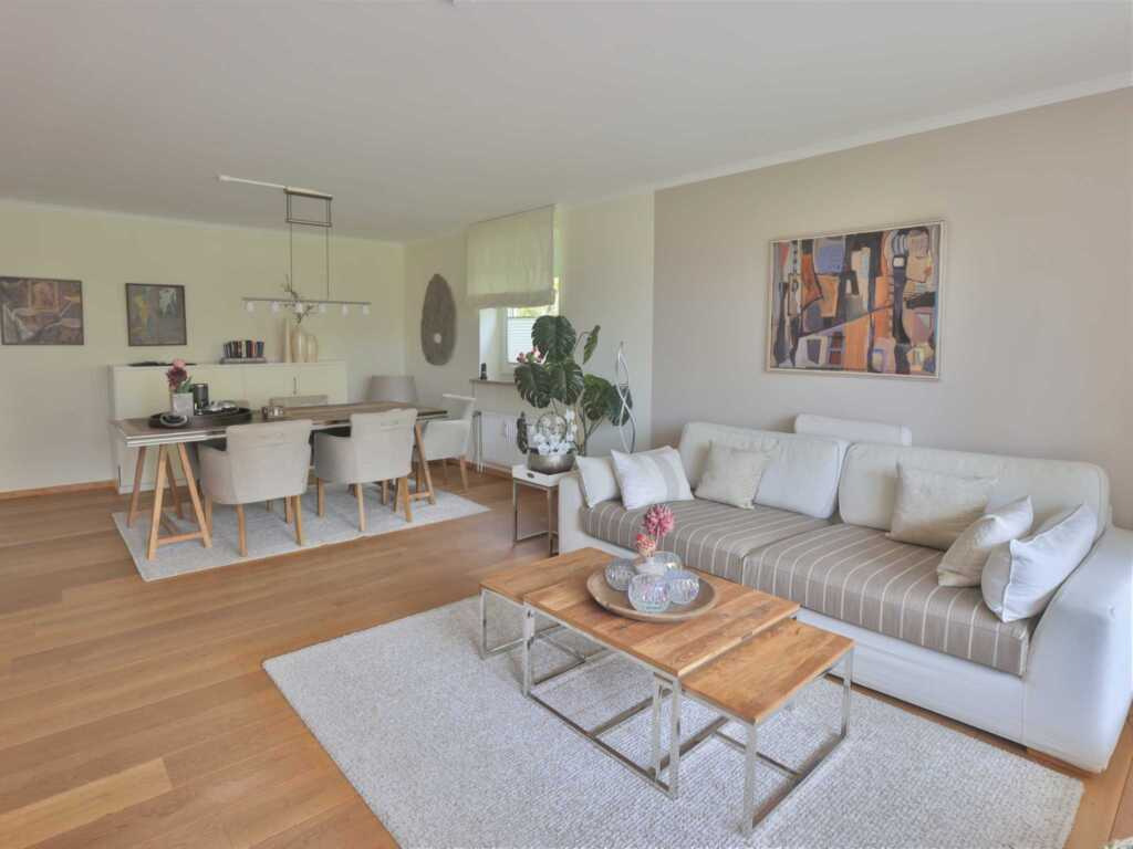 1) Techts Apartmenthaus, II App. MeerRausch