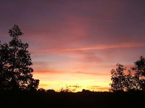 Sonnenuntergang - Blick vom Haus aus
