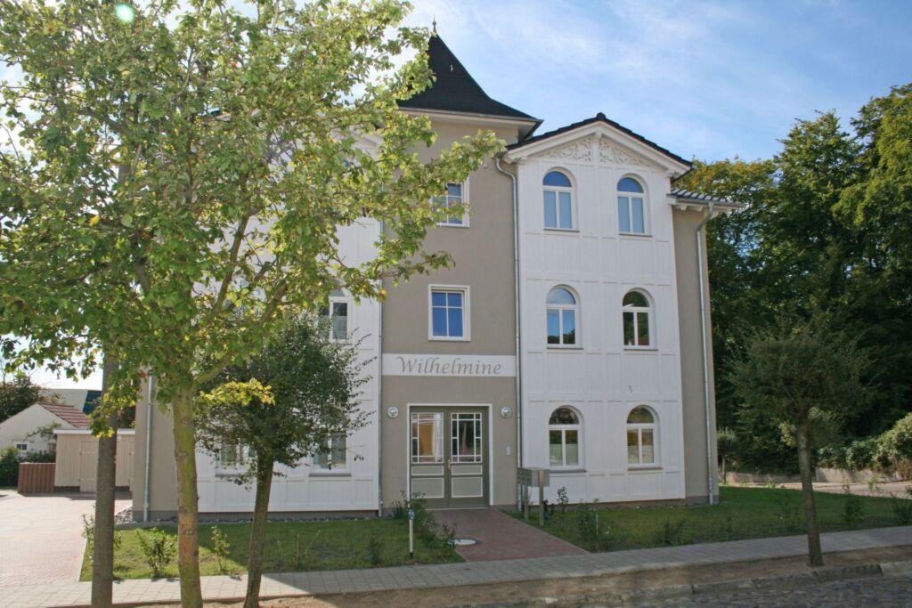 A.01 Villa Wilhelmine Whg. 03 Kreidezimmer mit Bal