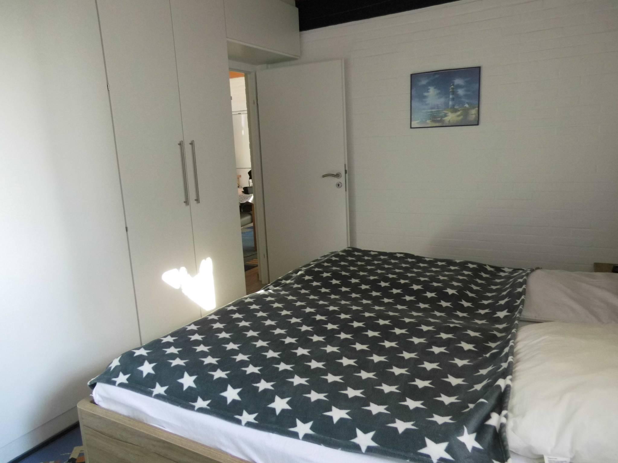 2. Schlafzimmer / Einzelbetten
