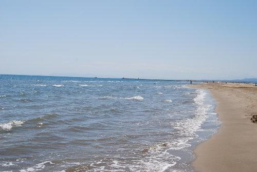 Der Strand nahe der Ferienanlage