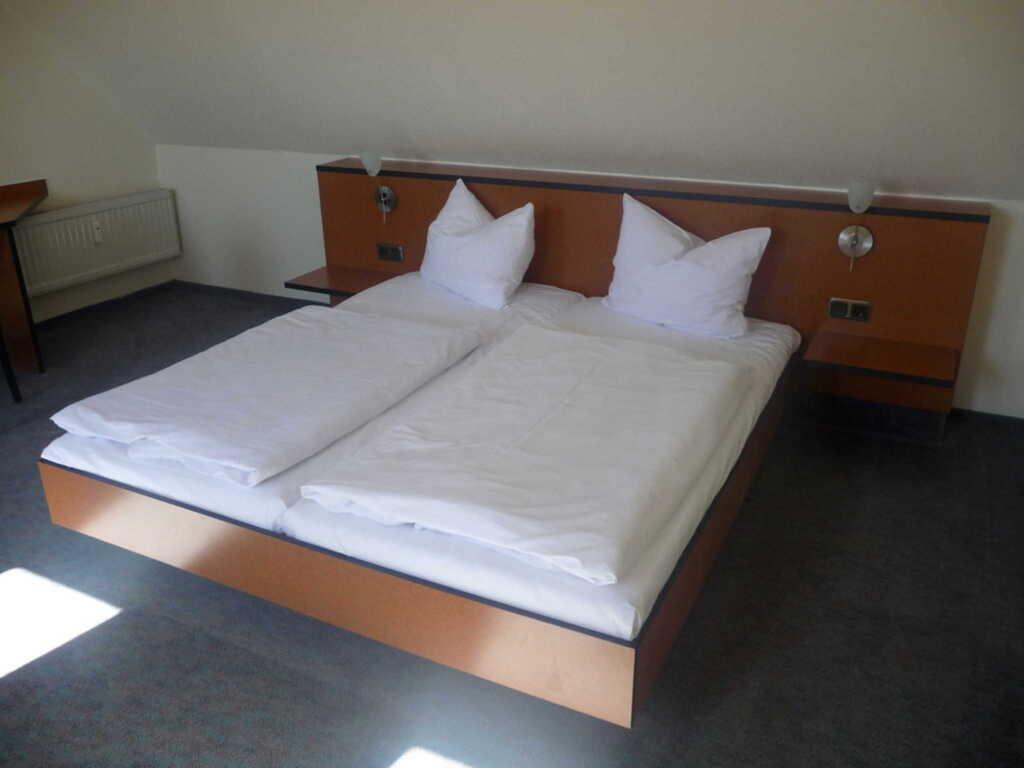 Fewo Boddenhof Stedar c-o Parkhotel R�gen Betriebs