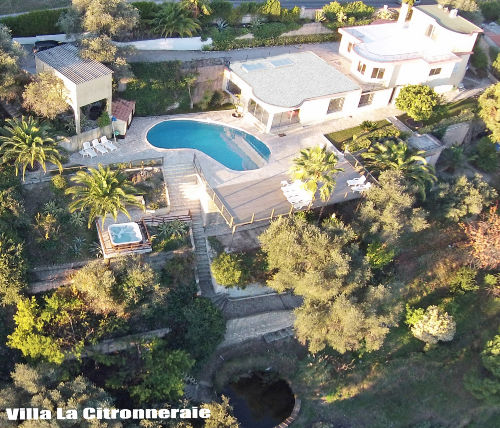 aerial picture of villa & part of garden