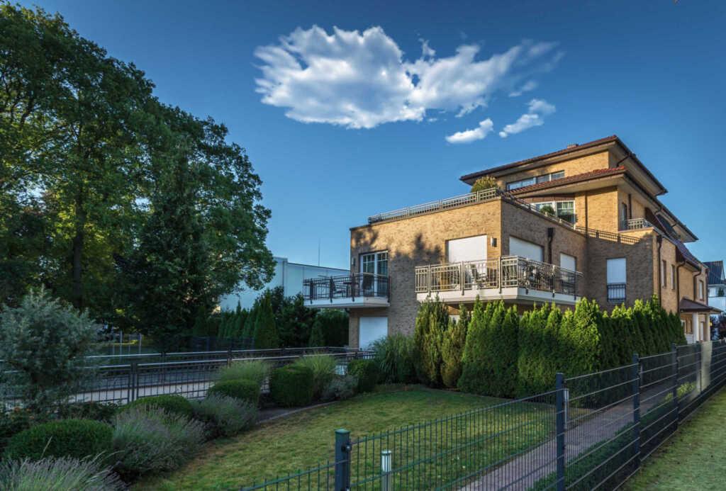 Villa Toscana, App. 6