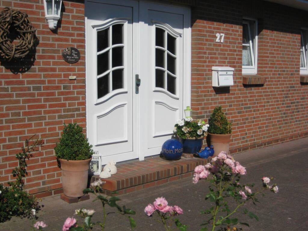 BUE - Haus Rose, 1-Raum mit Dusche und Badewanne