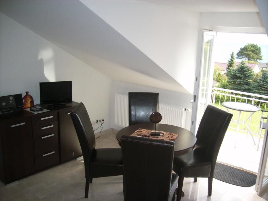 Villa Vogelsang, W 32; 2-Raum; 1.OG; Balkon; 38m�