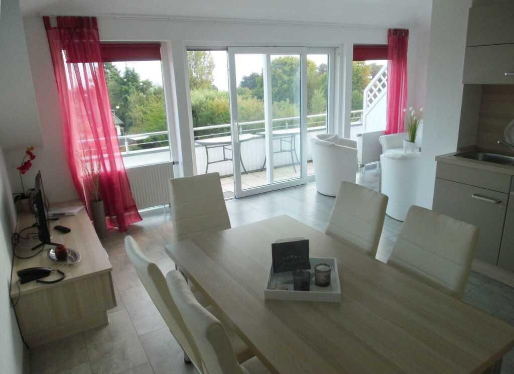 Villa Vogelsang, W 33; 3-Raum; 1.OG; Balkon; 57m²
