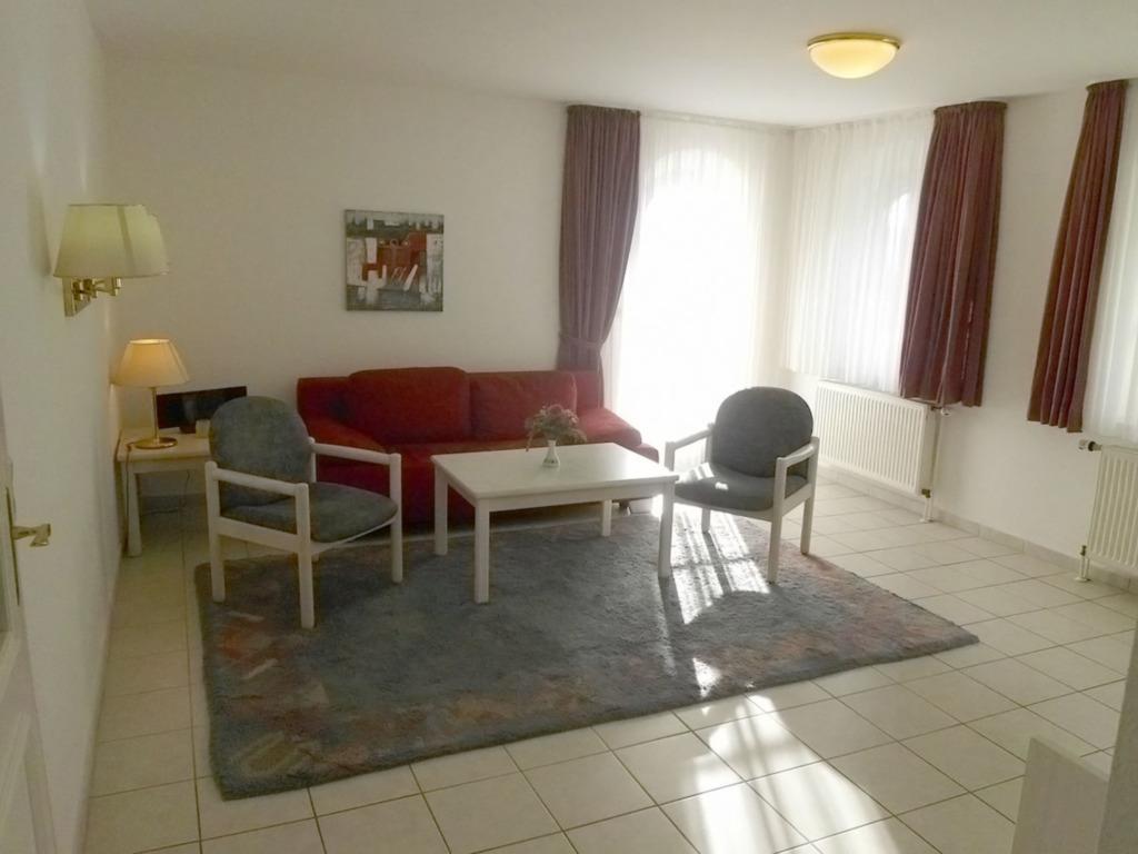 Haus S�dstrand -Lipke, S� 4; 2-Raum; Hochpaterre;