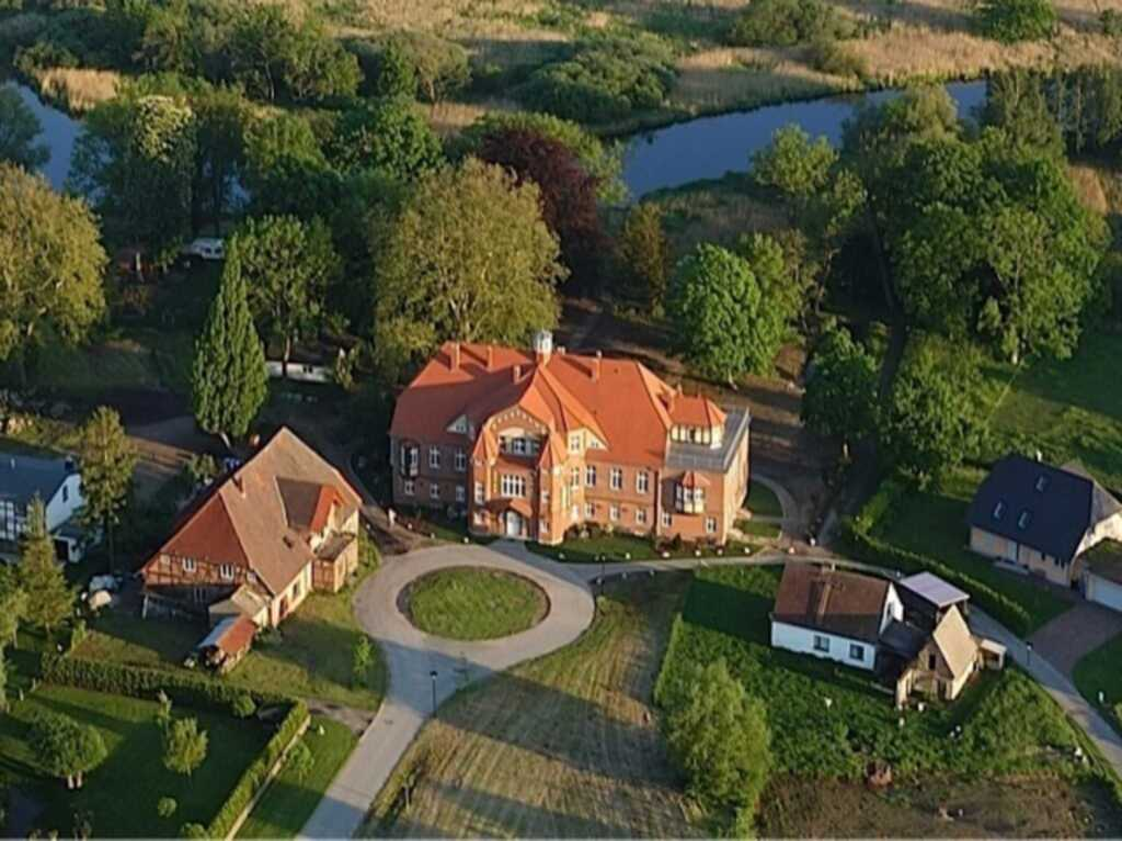 Schloss P�tnitz - Kanuspezial ab 4 � (26 M�rz-18 J
