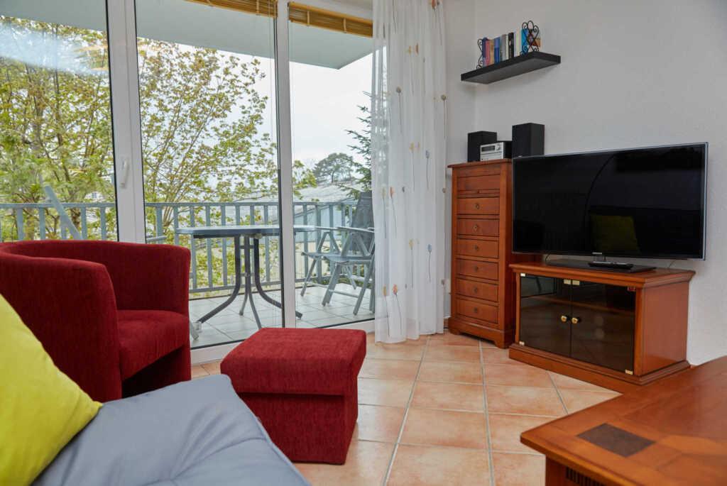 A.01 Ferienwohnung Strandstrasse 8-4 mit Balkon, F