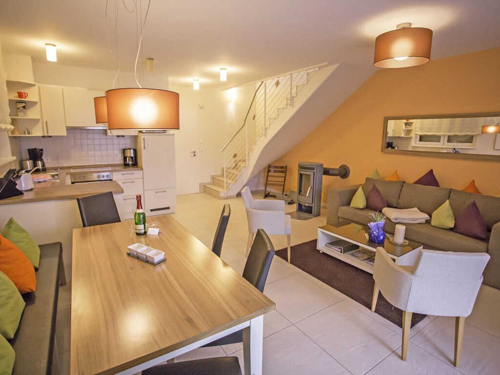 Casa Sellin F586 WG 2 mit gr. Balkon + Gartennutzu