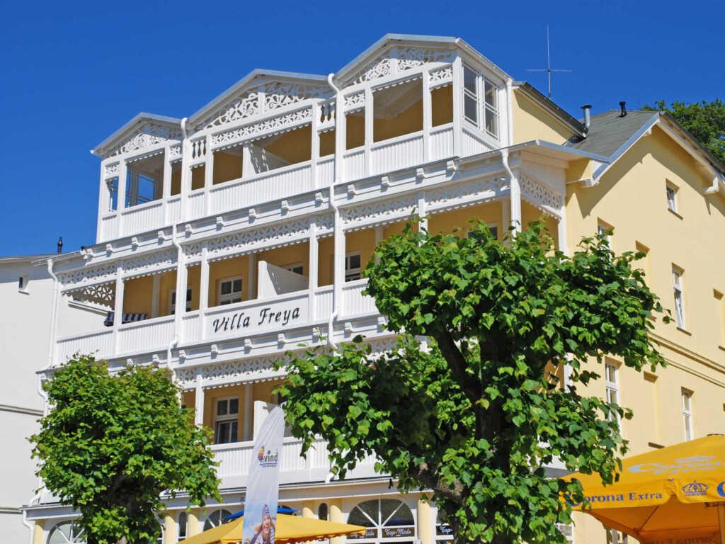 Villa Freya F549 WG 4 im 2. OG mit Balkon mit Stra