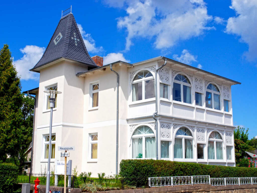 Villa Sanssouci F568 WG 2 im DG mit Loggia + Garte