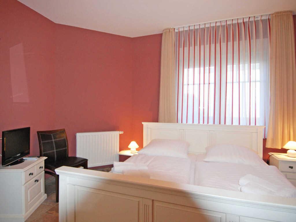 Villa am Meer F574 WG 5 'Nixe' im EG mit Terrasse,