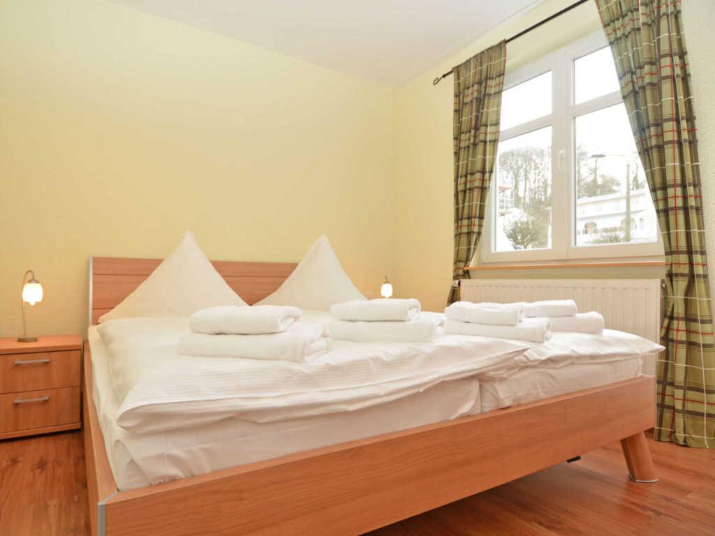 Villa Seerose F700 WG 15 im EG mit Terrasse + eige