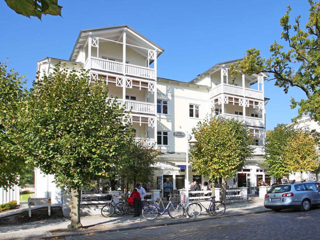 Villa Seerose F700 WG 9 im 2. OG mit Balkon zur Wi