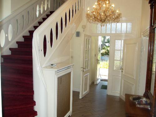 Eingang und Aufgang Treppenhaus