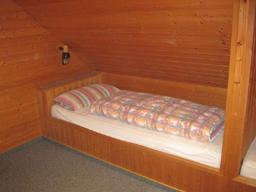 Doppelbett im Zusatzzimmer