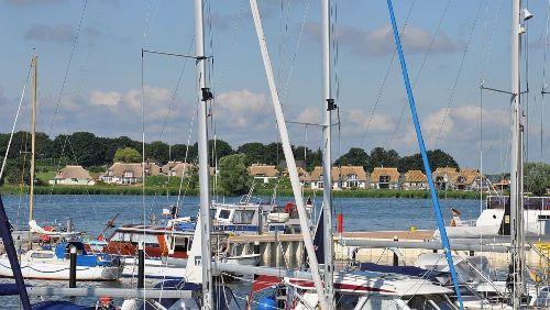 Yachthafen am Achterwasser