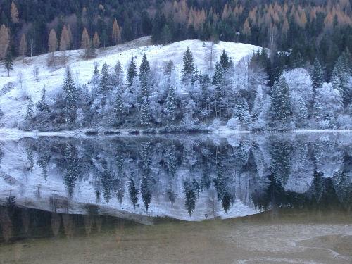 Der erste Schnee am Ferchensee.