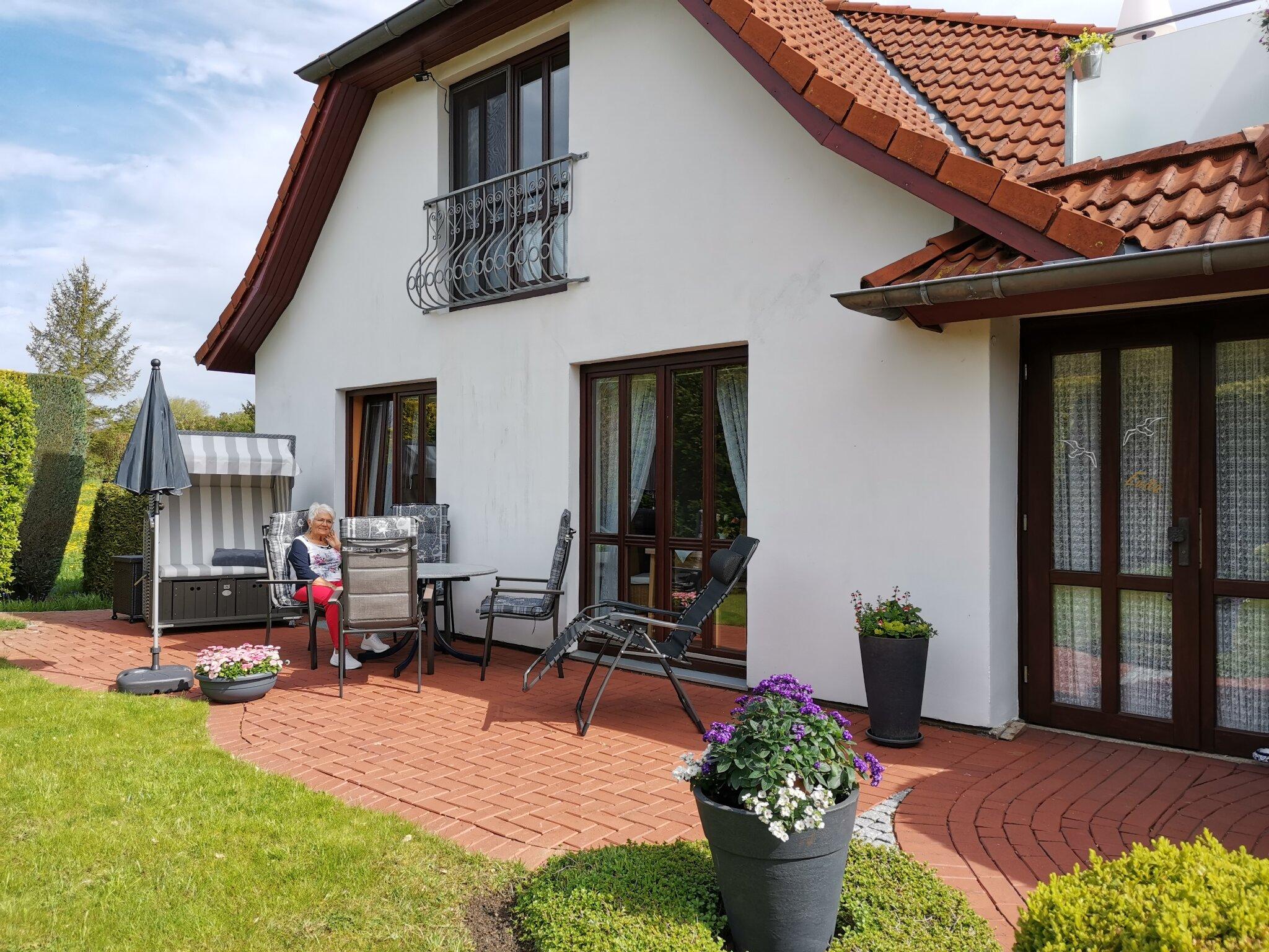 2 km Fu�- und Radweg bis nach Laboe
