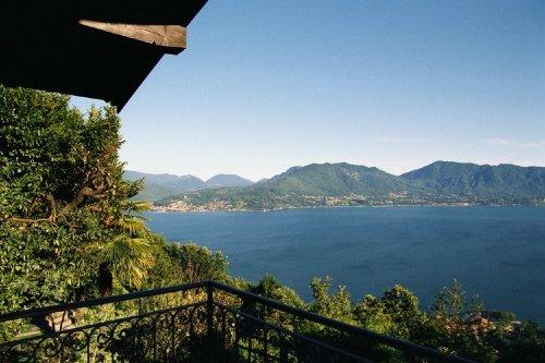 Blick vom Balkon nach Luino