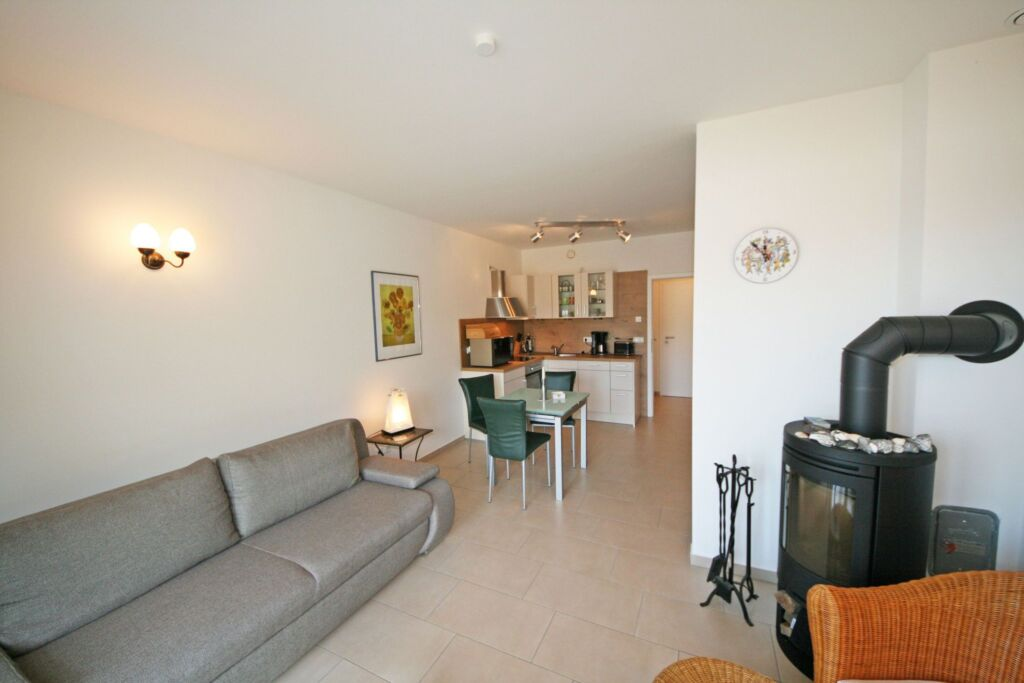 A.01 Haus M�we Whg. 2 mit Balkon & Terrasse-Thiess