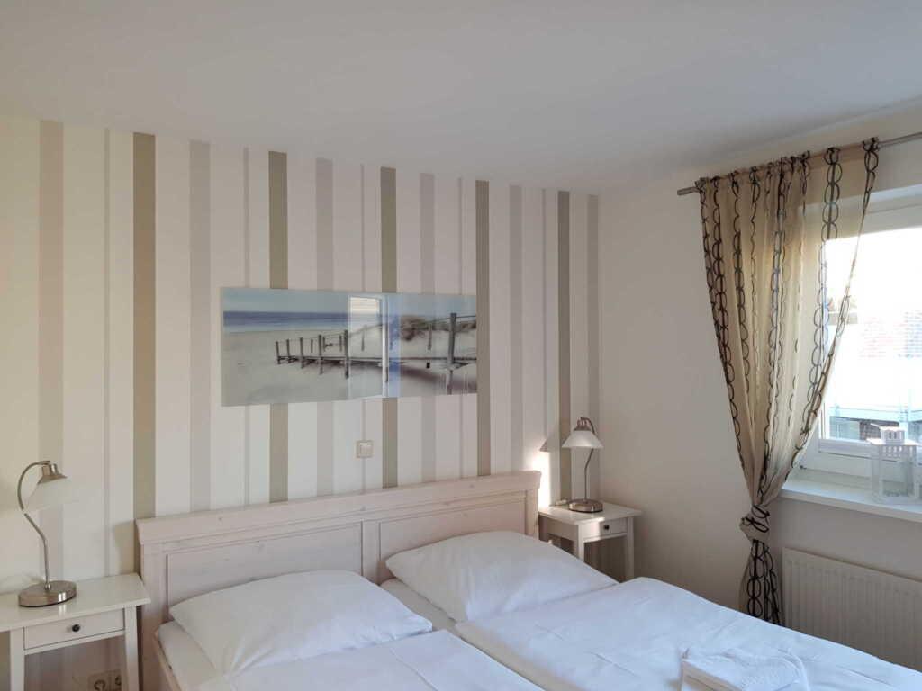 Haus Katharina Wg 106 2 Raum mit Balkon, HK 2 Rau