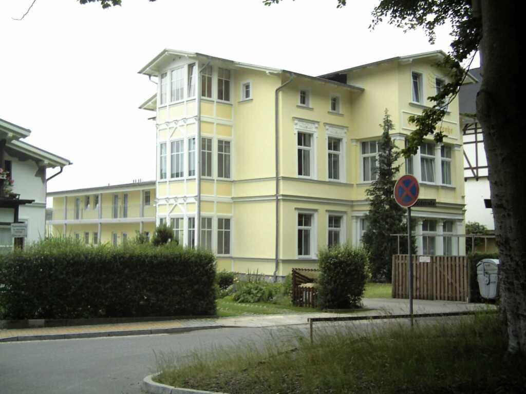 Villa Waldstraße, Wohnung 13 mit Balkon