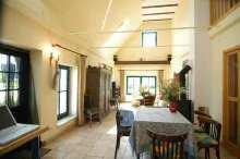 Blick von der Küche Richtung Wohnzimmer