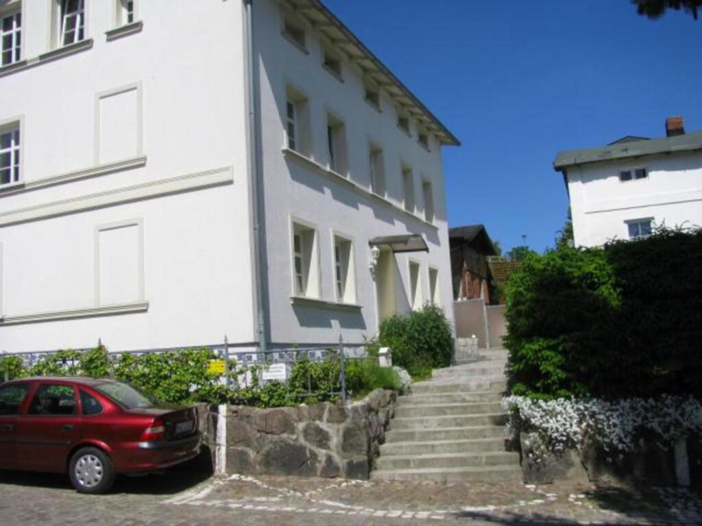 Villa 'Monique' in Alt-Sassnitz, Ferienwohnung Lui