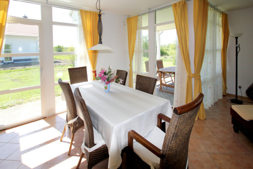 Ferienhaus Kirschbaum, Haus: 100m², 3-Raum, 6 Pers