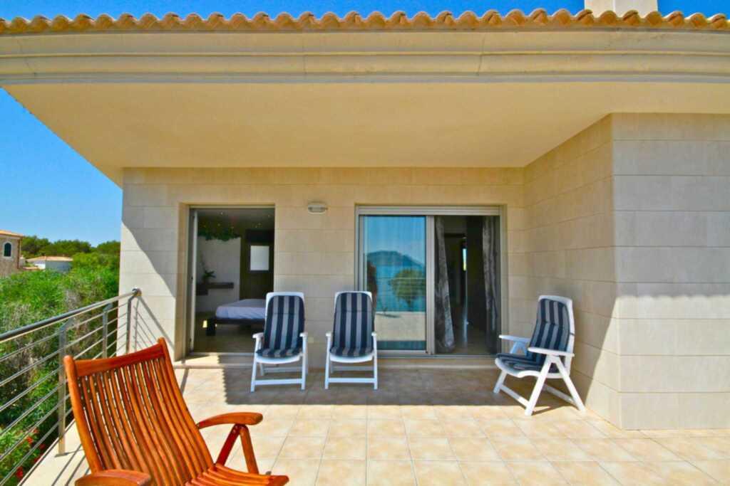 44068 Traumhaftes Strandhaus 1.Linie