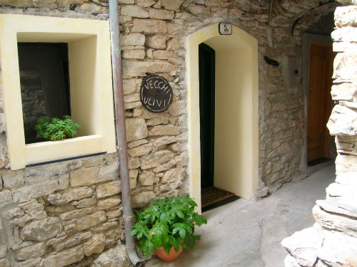 Hauseingang von der Via gaudio