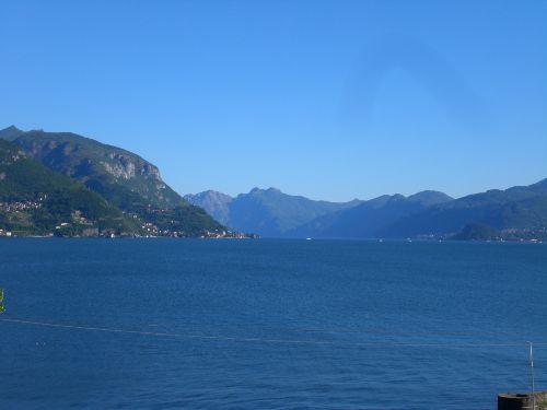Ausblick ueber den See