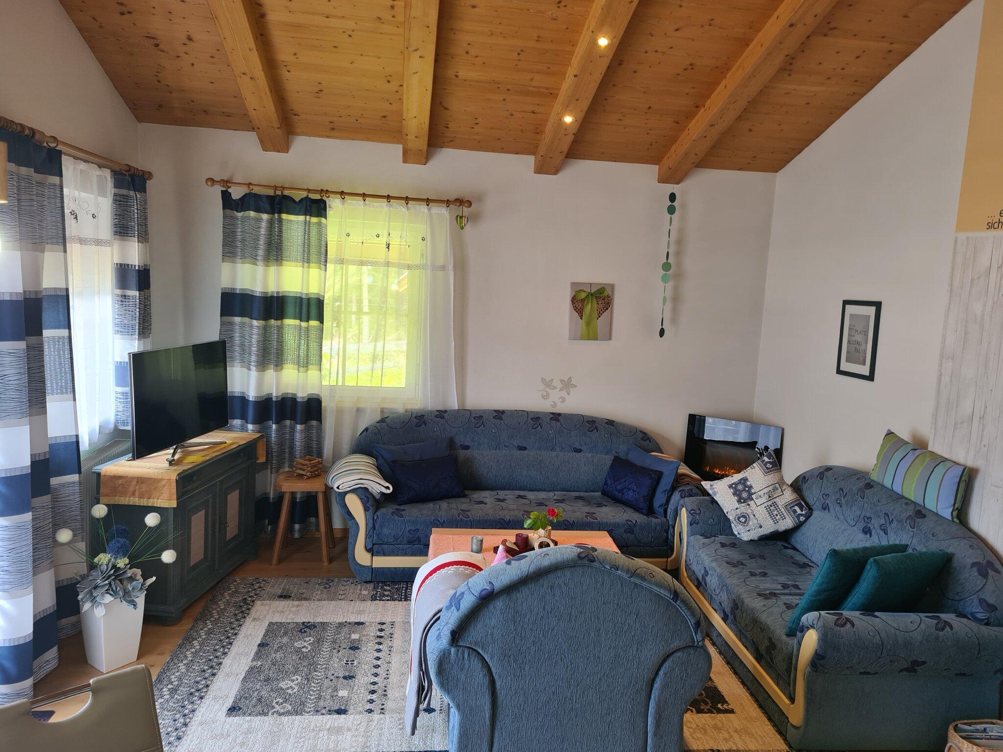 Küche Terrassenwohnung mit Gartenzugang