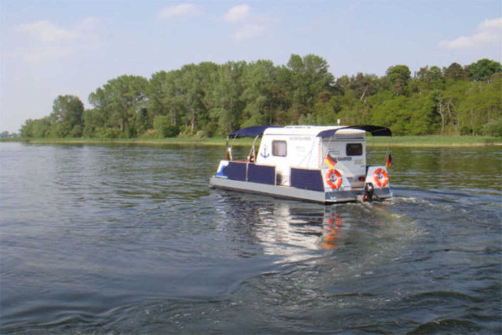 Hausboot 'Wassercamper' SCHW 931-2, SCHW 932-2 Typ