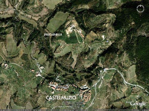 Pascianella und Castelmuzio von oben
