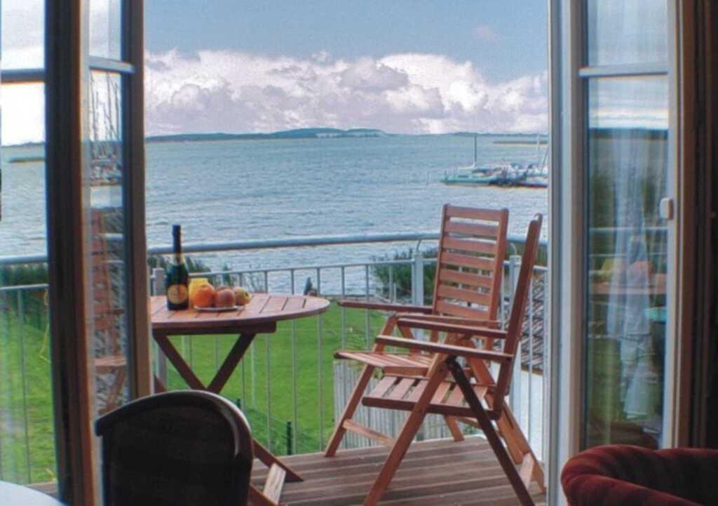 TOP-Ferienwohnungen direkt am Wasser mit Bootsanle